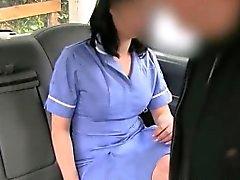 Court Kinky passagers amateur de suce et baise par le chauffeur de la fraude