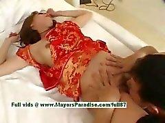 Kedi parmaklı ve yaladı alma Ayane sıcak kız genç kız Çin modeli bulunuyor