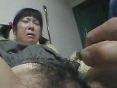 Propres jeune fille rasés baisée