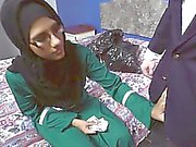Araba con bicchieri di spompina i due rubinetti di intercettazione fondi