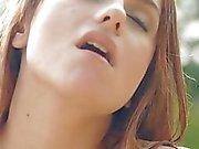 Stück frisst Unmündigen Votze mit seinen Lippen und die schlong