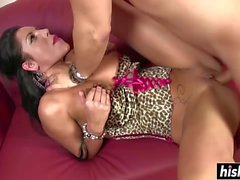Curvy Iris Cool rides a long dick