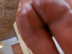 Travesti Latina masturba ella Dick