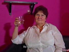 OMAHOTEL Mature BBW grannies striptease compilatio