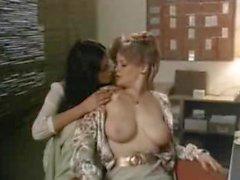 Лиса DeLeeuw лесбийское порно Scene