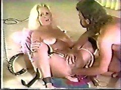 Fisting figa bionda ragazze fontana