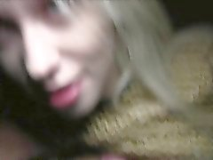 Sexy блондин русскими общественной должен ебет