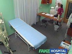 FakeHospital Doutor decide sexo é o melhor tratamento disponível