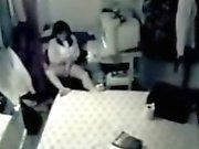 Ältere Mutter Jarven bespitzelt , während Anschauen von Porno sowie liebäugelt