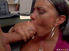 Mariah Milano gives titjob to her boss