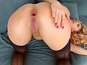 Milf Thing sıcak MILF olgun porno Brittany Bardot sunar
