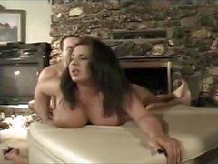 Orgia: Gina Ryder, Brandy Scott, Olivia Amor, Vaniity, Genebra