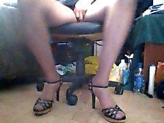 Heels et les upskirts 2
