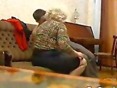 Russa Nonnina E La Sua Minore amante