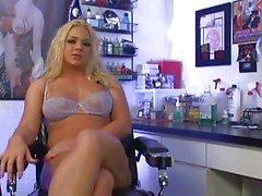 Dövme Dükkanı Anal Slut Heidi Mayne