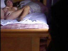 Pulcini Stretto catturato a masturbarsi sulla camma nascoste