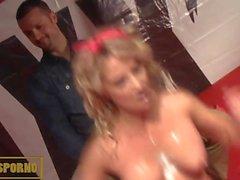 French blonde pornstar strip and masturbation
