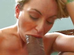 Blonde Aline struggles with a monster