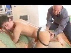 Pai pega Filho papà cazzo ragazzo adolescente