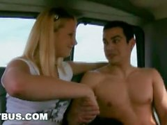 ISCA BUS - Steven Ponce fodido por Hetero Bait Cody Springs em Van movente!