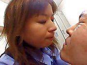 Japanisch OL Spucken auf Kollege