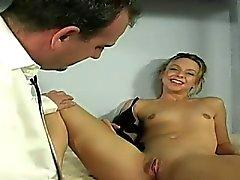 Brianna è malato di carcere modo da si ottiene una speciale attenzione