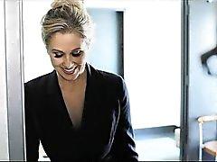 PureMature Julia Anns Seksuele Business Meeting