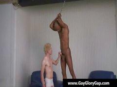 Siyah bir adamlarla 21. boşalıyorsa ile Eşcinsel beyaz bir erkek - gey handjobs