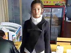 Lindo de la muchacha chinos de Meng del Li se masturba de levas