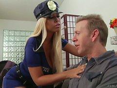Busty schätzchen Polizisten Bridgette B Lieben dicken Schwanz