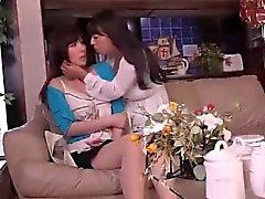 CYAQ-004 Schöne Frau und neben der Ehefrau des versteckten