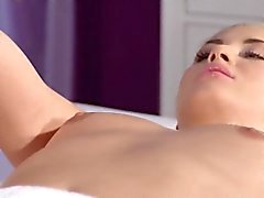 Slim redhead masseuse got cunt licked