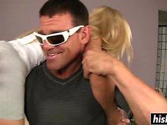 Lisa DeMarco genießt seinen wütenden Pecker