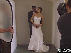 BLACKED Modelo Sexy Sophia Leone Obtém Primeira BBC