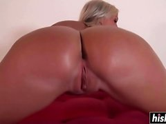 Blonde chick loves to get rammed