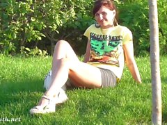 Jeny Smiths Fotze Blitz in einen Park