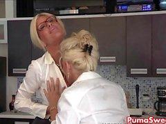 Europa Babe Puma Swede fickt die Office- Luder !
