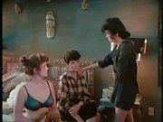 Брюнет зрелая Nena в одном из ее кино получают прибита выполнен в классическом порно