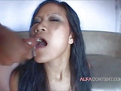 Petite Asian beauty gets down on her knees