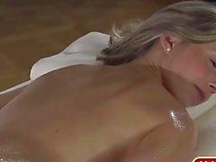 Massagem com óleo alemão