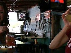 Shay Laren показывая ее сказочные сиськи часть4