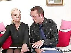 Arbeit Interviews führt zu threesome