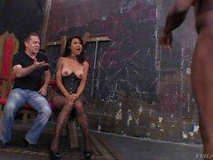 Dana Vespoli ottiene il boccola lamiera da uno slave standard