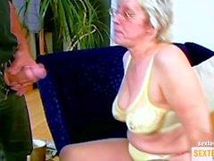 Großmutter BlowJob
