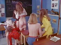 MF 1701 -Schoolgirls