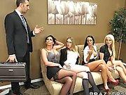 Ofis Grup seks Dört Sıcak büyük aptallık bürosu sluts sikme patron ' big- herif