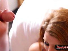 Hot Amateur Bukkake mit Gesichtsbehandlung