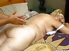 Жир Пожилые Fucks Massage Мальчик с dow50
