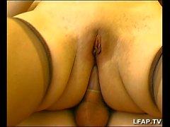 Petite francaise sodomisee avant l ejac faciale