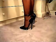 Stiletto High Heel u. Nylons